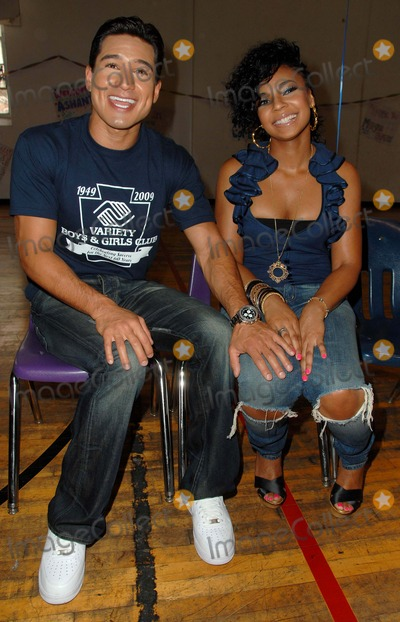 "Ashanti, Mario Lopez, Ashanti Douglas Photo - Ashanti and Mario Lopez Host ""Million Meal Summer"" Community Event at Variety Boys & Girls Club in Los Angeles, CA 08-28-2009 Photo by Scott Kirkland-Globe Photos @ 2009 Mario Lopez and Ashanti Douglas"