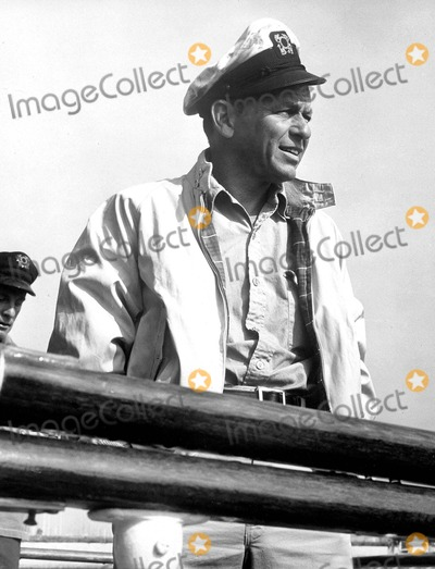 Frank Sinatra Photo - Frank Sinatra 1965 Supplied by Globe Photos, Inc.