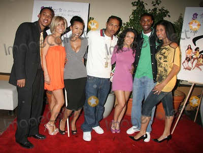 Andre Johnson, Denyce Lawton, Wesley Jonathan Photo - I11638CHW TOP X 2007 CALENDAR LAUNCH PARTY HOSTED BY WESLEY JONATHAN AND DENYCE LAWTON THE HIGHLANDS, HOLLYWOOD, CA WESLEY JONATHAN WITH ANDRE JOHNSON, DEJA THE GREAT, DENYCE LAWTON AND THE 2007 TOP X CALENDAR MODELSPHOTO: CLINTON H. WALLACE-PHOTOMUNDO-GLOBE PHOTOS INC