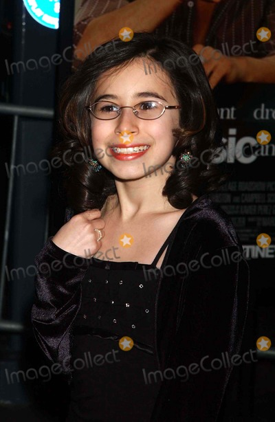 Lyric Photo - Premiere of Music and Lyrics at the Ziegfeld Theater in New York City on 02-12-2007 Photo by Ken Babolcsay-ipol-Globe Photos Emma Lesser