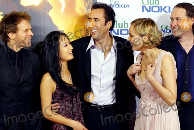 "Alice Kim, Alice Kim Cage, Diane Kruger, Jerry Bruckheimer, NICHOLAS CAGE, JON TURTLETAUB Photo - Jerry Bruckheimer, Alice Kim, Nicholas Cage, Diane Kruger & Jon Turtletaub ""National Treasure"" Premiere -Palacio DE LA Musica, Madrid, Spain 10-26-2004 Photo By:robert Calanda-globelinkuk-Globe Photos, Inc 2004"
