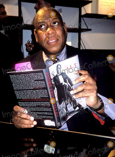 Andre Talley, André Talley Photo - Andre Talley K30208rhart Andre Talley's Book Party at Bergdorf Goodman in New York City 4/22/2003 Photo By:rose Hartman/Globe Photos, Inc
