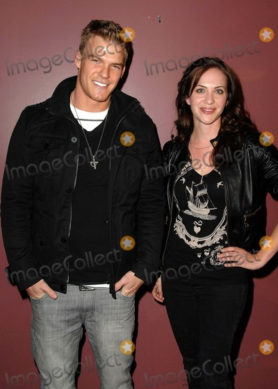 """Alan Ritchson Photo - Premiere Screening of """"Steam"""" at Laemmle's Sunset 5 in West Hollywood, CA 03-13-2009 Image: Alan Ritchson and Kate Siegel Photo: Scott Kirkland / Globe Photos"""