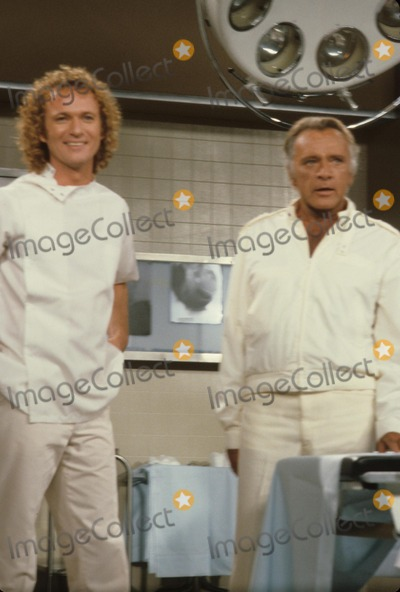 Anthony Geary, Richard Burton Photo - Richard Burton with Anthony Geary E5618b Supplied by Globe Photos, Inc.