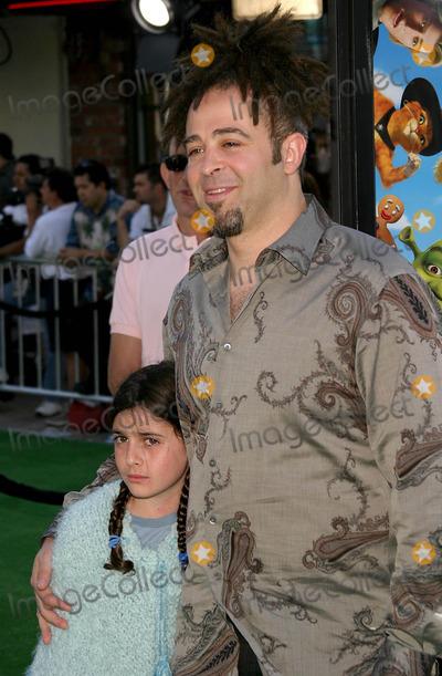 Adam Duritz Photo - Shrek 2 Premiere at Mann Village Theatre in Westwood, California 05/08/04 Photo by Kathryn Indiek/Globe Photos Inc. 2004 Adam Duritz