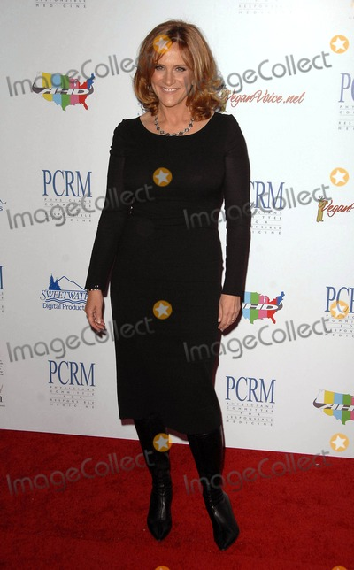 Carol Leifer Photo - Carol Leifer attends the Art of Compassion (Pcrm) 25th Anniversary Gala Held at the Lot in West Hollywood, CA. 04-10-10 Photo by: D. Long- Globe Photos Inc. 2010