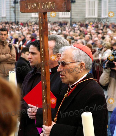 Cardinal Rouco Varela, Antonio Maria Rouco Varela, Neils Schneider Photo - Madrid Spain_cardinal Antonio Maria Rouco Varela of Madrid (Sunglasses) Celebrates the Opening of the Easter Holy Week in Madrid in Front of the Spanish Royal Palace.. 04-04-2007 Photo by Neil Schneider-Globe Photos, Inc.