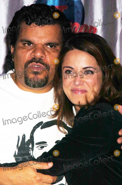"Luis Guzman, Alanna Ubach Photo - Stars From the Movie ""Waiting"" Donate Memorabilia and Imprint Their Hands For Display at Planet Hollywood Times Square New York City 10-06-2005 Photo by John Krondes-Globe Photos 2005 Luis Guzman and Alanna Ubach"