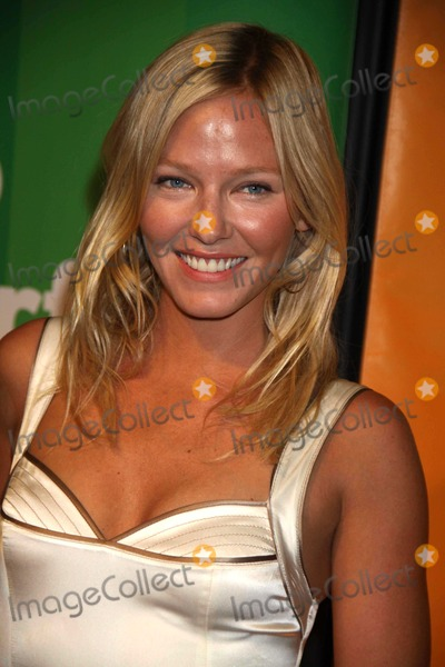 photos and pictures kelli giddish of chase at nbc universal s