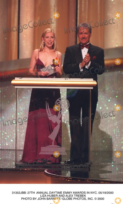 Alex Trebek, Liza Huber Photo - : 27th Annual Daytime Emmy Awards in NYC. 05/19/2000 Liza Huber and Alex Trebek Photo by John Barrett/ Globe Photos, Inc.
