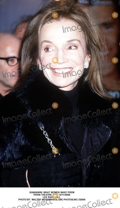 Lee Radziwill Photo - : What Women Want Prem Paris Theatre, NYC 12/11/2000 Lee Radziwill Photo by Walter Weissman/Globe Photos,inc.