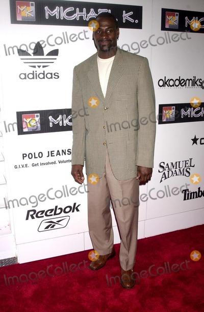 Photo - Stuff Magazine Celebrates the Grand Opening of Michael K, Soho's Newest Fashion Depot New York City 09/15/2003 Photo by John Krondes/Globe Photos Inc 2003 Anthony Bonner of the New York Knicks