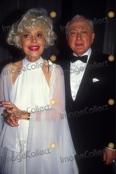 Carol Channing Photo - Carol Channing with Her Husband Charles Lowe 1989 Photo by Adam Scull-Globe Photos, Inc.