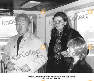 Carroll O'Connor, Carrol Connors Photo - Carroll O'connor with Wife Nancy and Son Hugh Globe Photos, Inc.