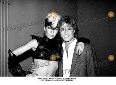 Andy Gibb Photo - Wendy O. Willians of Plasnatics and Andy Gibb Photo by Lynn Nc Afee/Globe Photos,inc.
