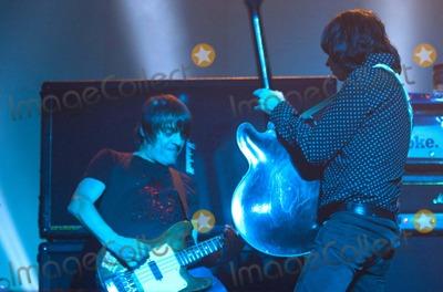 Primal Scream Photo - Chris Aubrey-richfoto-Globe Photos, Inc.12-01-2006 001822 Gary 'Mani' Mounfield Primal Scream-live Concert-brixton Academy, Brixton, London, United Kingdom. X