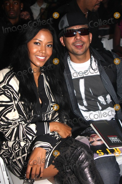 Amerie, Sean Paul, Front Row Photo - Amerie and Sean Paul Mercedes Benz Fashion Week Spring 2010 Thisday / Arise Magazine - Front Row and Backstage 9-11-2009 Photo by Barry Talesnick -Globe Photos Inc