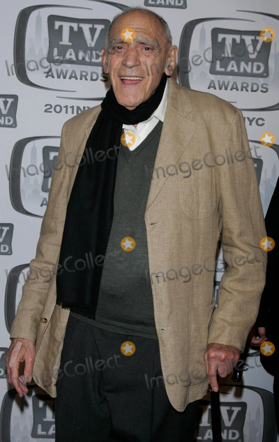 Abe Vigoda, Jacob Javits Photo - Abe Vigoda Arrives For the Tv Land Awards at the Jacob Javits Center in New York on April 10, 2011. photo by Sharon Neetles/globe Photos, Inc.