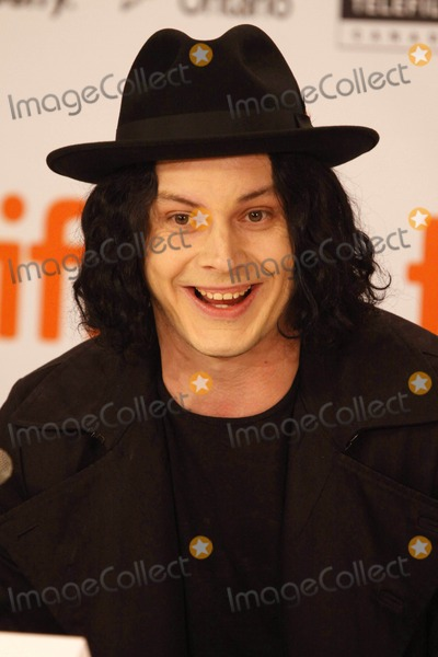 """Jack White, Great White, White Stripes, The Great White, Jackée Photo - Musician Jack White attends the press conference of the film """"White Stripes: Under The Great White Northern Lights"""" during the Toronto International Film Festival at Hotel Sutton Place in Toronto, Canada 09-18-2009Photo by Alec Michael-Globe Photos, inc.K63248AM"""