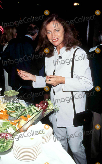 Jacqueline Bisset, Jackie Bisset, Jane Wooster Scott Photo - Jane Wooster Scott Art Exhibit ( Jacqueline ) Jackie Bisset Photo by: Milan Ryba-Globe Photos, Inc