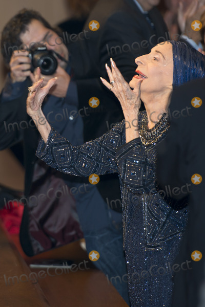 Gisele, Giselle, Alicia Alonso, The National Photo - SEVILLE, SPAIN, November 2: Cuban ballerina and choreographer Alicia Alonso receives applause at the premiere of Giselle and Coppelia represented by the National Ballet of Cuba in the theater of La Maestranza in Seville, Spain.